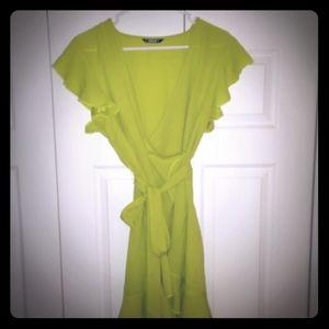 Bright green shein dress size L (8/10)